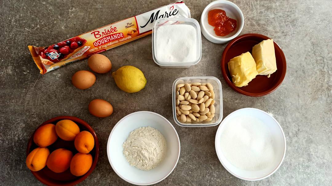 Les ingrédients de la tarte aux abricots frangipane