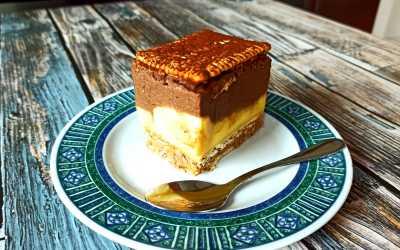 Gâteau sans cuisson caramel chocolat banane et noix de pécan