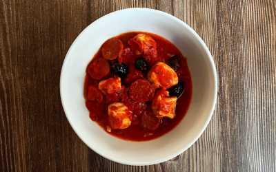 Poulet sauce tomate et chorizo