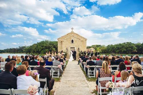 Outdoor Wedding At Houston Oaks Country Club: Top Wedding Venues In Houston