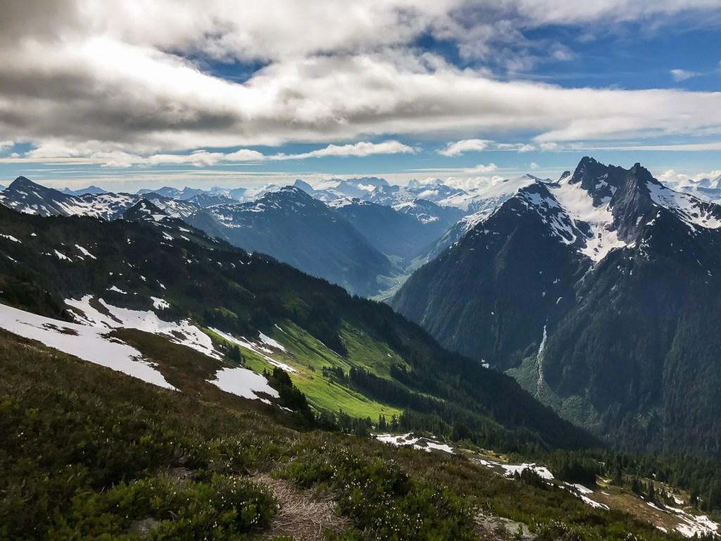 Looking east towards Hannegan peak, Ruth and Sefrit
