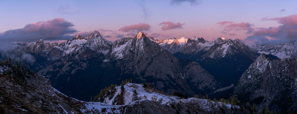 Panoramic Image during a colorful sunset, Maple Pass Trail