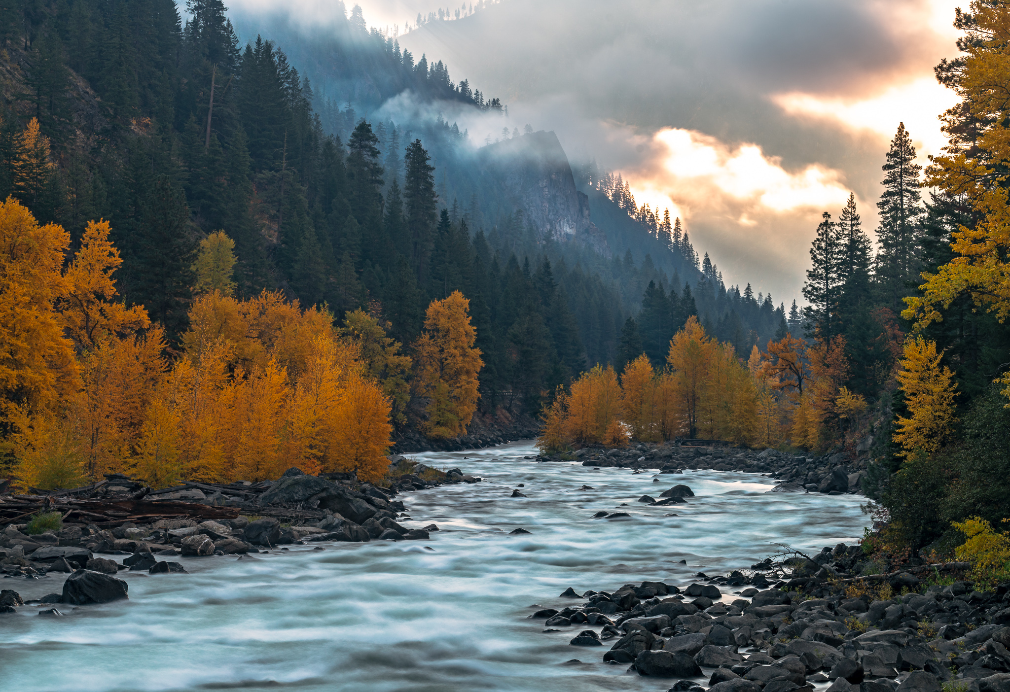 Sunrise in the canyon, near Leavenworth.