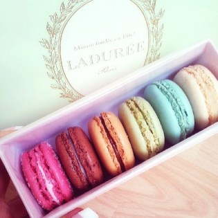 Really Fluffy Macaroons