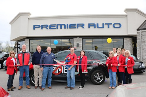 Crimestoppers Thanks Premier Auto and Families  Inc    Jonesboro     Crimestoppers held a special ceremony to thank Families  Inc   Premier Auto  and Ray Osment for their contributions to the program