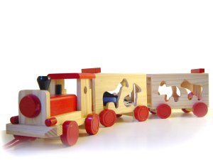 Dad's water fight with children - Wooden Train Toy