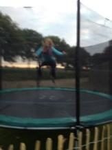 op de trampoline!!