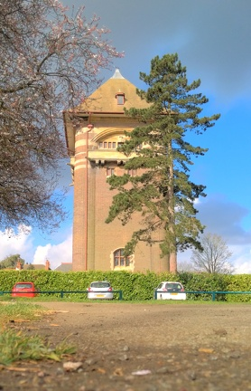 The West Hill Water Tower, Luton