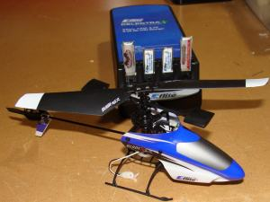 Alt View Blade mSR With Included Charger and 4 LiPo Batteries