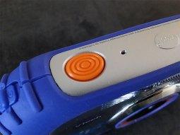 Le bouton pour prendre des photos et des vidéos est large pour une utilisation facile.