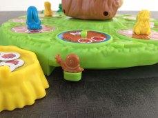 L'escargot permet de faire tourner Max. Ce jeu fonctionne sans piles.