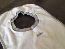 Le tampon peut s'appliquer sur des textiles.