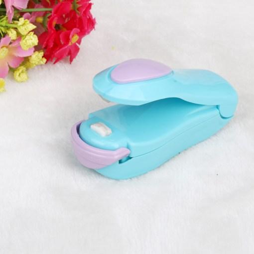 1-Piece-Portable-Household-Mini-Heat-Sealing-Machine-Ceramic-Impulse-Sealer-Seal-Packing-Capper-Plastic-Bag-3.jpg