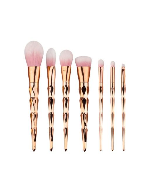 7pcs-Diamond-Shape-Rainbow-Handle-Makeup-Brushes-Set-Foundation-Powder-Blush-EyeShadow-Lip-Brush-kwasten-Beauty (2)