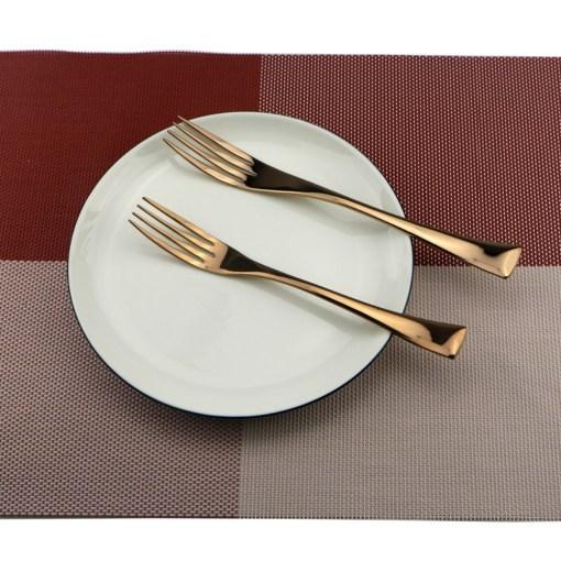 6Pcs-Lot-Rose-Gold-Cutlery-Set-18-10-Stainless-Steel-Dinnerware-Set-Knife-Scoops-Silverware-Set (4)