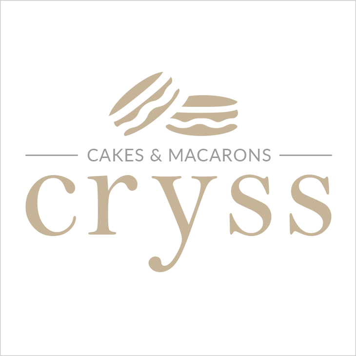 Cryss Cakes & Macarons