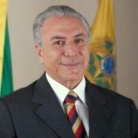 Michel  Temer  votou  na PUC-SP  e  diz que   Covas faz um  bom  trabalho