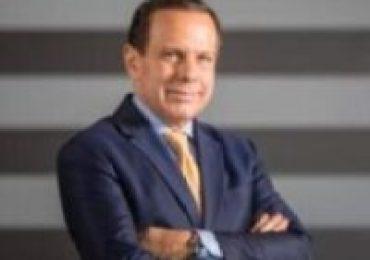 """João Doria diz à CNN: """"Temos dois vírus para combater no Brasil - o COVID-19 e o Bolsonaro"""""""
