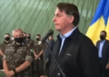 Bolsonaro continua defendendo a cloroquina