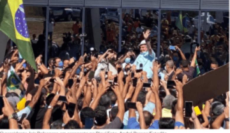 Após o Brasil atingir mais de 90 mil mortes, Bolsonaro faz aglomerações em Campanha eleitoral