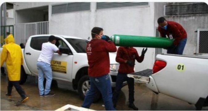 Em dezembro Bolsonaro retirou do cilindro de oxigênio a isenção de impostos