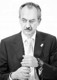 Francisco Gil Diaz, Secretario de Hacienda de Vicente Fox