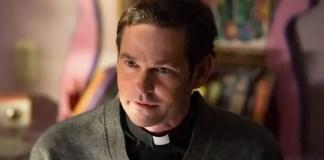 Henry Thomas no filme Ouija estará em A Assombração da Casa da Colina