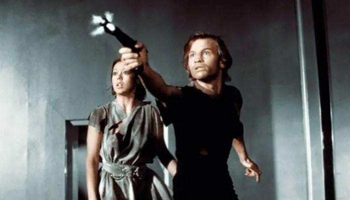 FUGA NO SÉCULO 23 | Simon Kinberg irá dirigir remake do filme 1