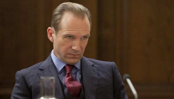 Imagem de Ralph Fiennes em 007 Skyfall