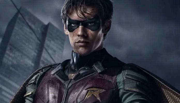 Imagem do Robin na série Titans