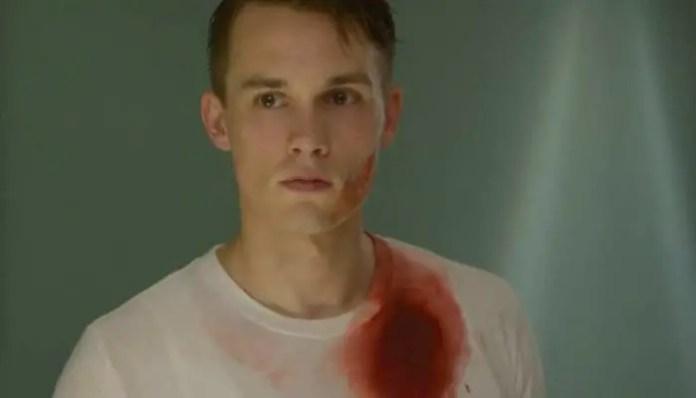 Tom Stevens entra para o elenco de Deadly Class
