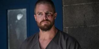 Imagem de Oliver Queen na 7ª temporada de Arrow Heels