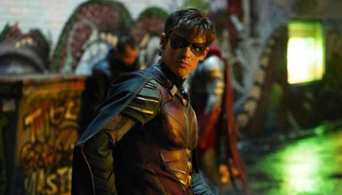 Dick Grayson na série Titans