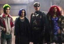Mutano, Ravena, Robin e Estelar em imagem promocional de Titans