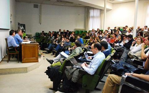 Aforo de las JornadasMarketingOnline.com durante la primera mesa redonda