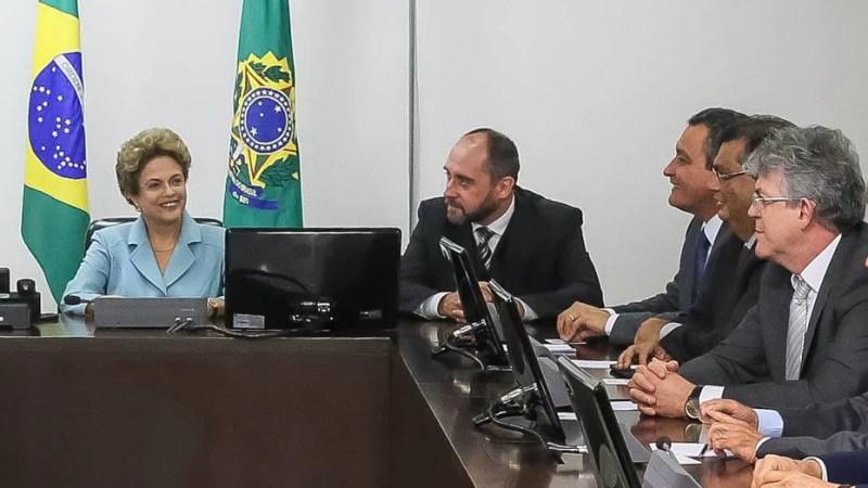 Ricardo participa de reunião com a presidente Dilma e propõe ações para combater Aedes aegypti