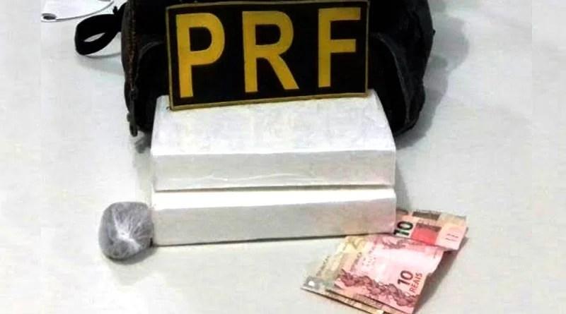 Auxiliar de pedreiro é preso pela PRF com dois quilos de cocaína em Santa Rita