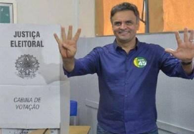 Aécio Neves quer ser reeleito senador ou voltar ao governo de Minas em 2018