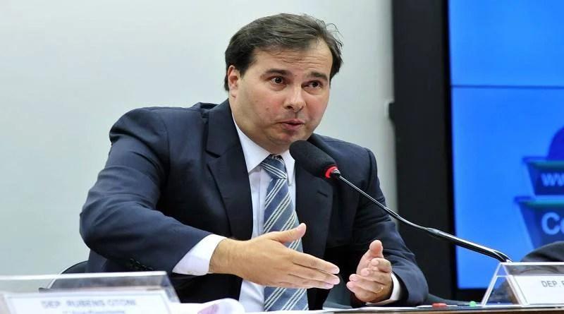 Maia anuncia votação da reforma da Previdência para 19 de fevereiro