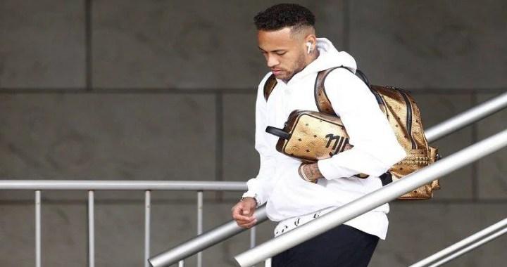 """Neymar na web: """"Difícil encontrar forças para querer voltar a jogar futebol"""""""
