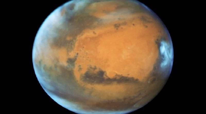 Cientistas encontram evidências de água em Marte em espécie de lago subterrâneo