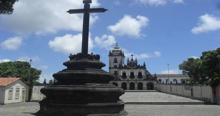 Fantástico exibe reportagem denunciando abuso de padres da Igreja Católica na Paraíba