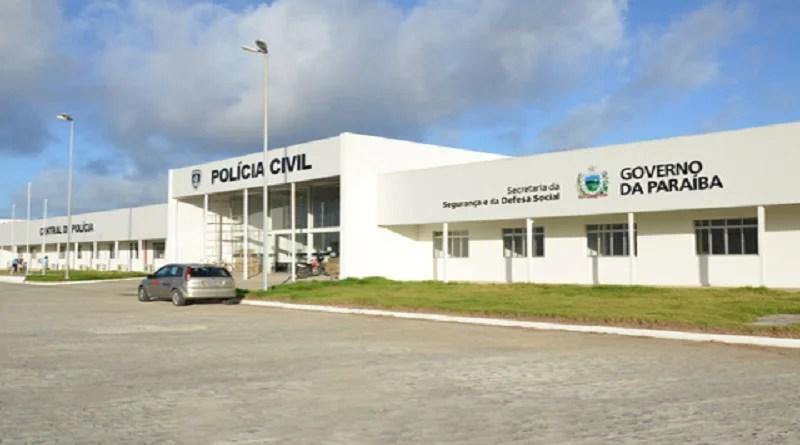 Homem vai à delegacia registrar roubo de moto e acaba preso em João Pessoa