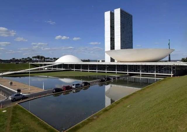Justiça determina que verba de R$ 2 bi da campanha eleitoral seja destinada ao combate do coronavírus