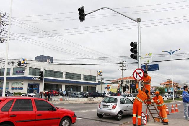 Conversão à direita na Rua do Marisco está proibida