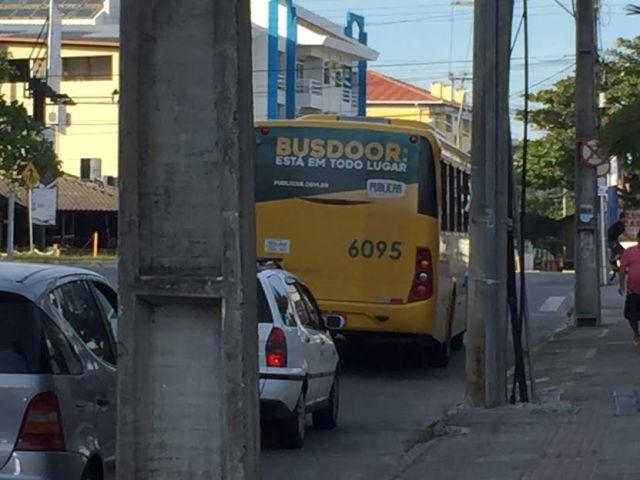 Ônibus continuaram circulando após início da paralisação no Norte da Ilha