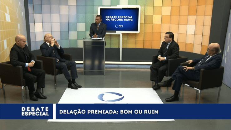 Programa debate as delações e o futuro político do Brasil em Florianópolis
