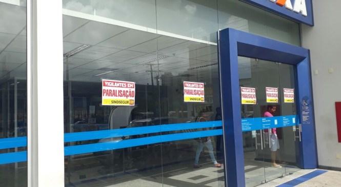 Bancos fecham durante paralisação de vigilantes em Natal