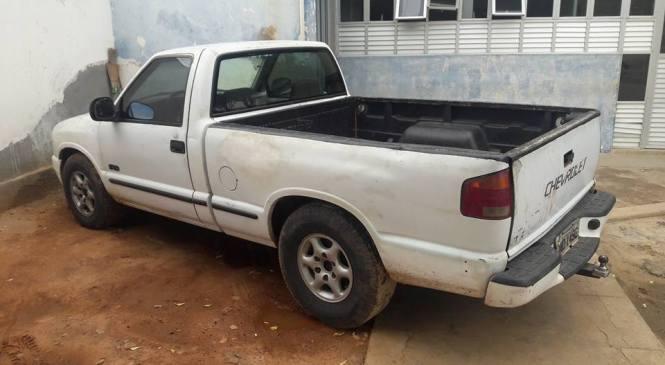 Dono de sucata é preso em Pau dos Ferros com carro roubado