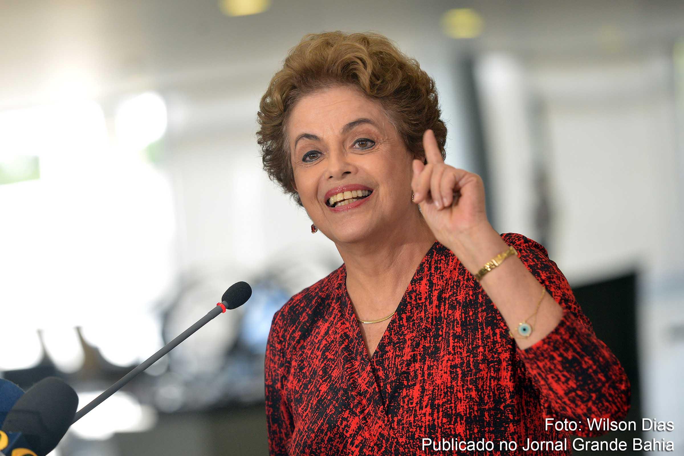 Resultado de imagem para imagens da presidenta Dilma